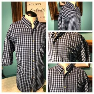 a674be31 Tommy Hilfiger Shirts - TommyHilfiger ! Dress shirt! Size L short sleeve .